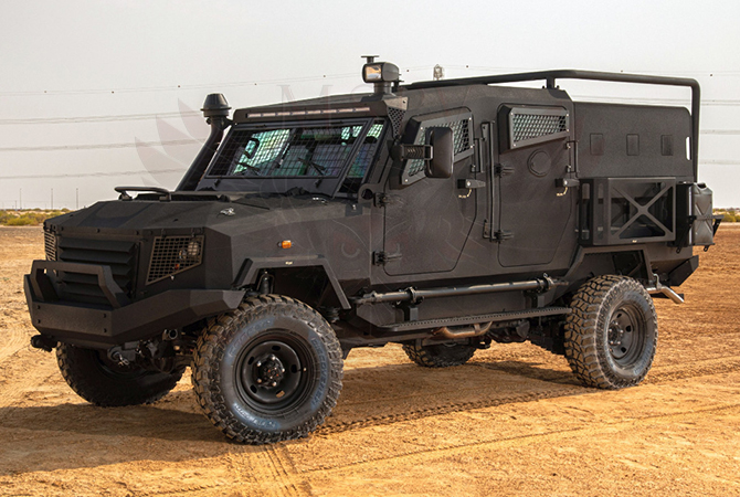 Armoured Personnel Carrier Kenya - panthera T4